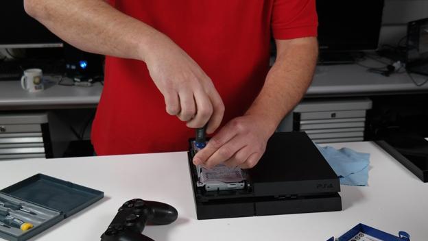 Cómo cambiar el disco duro de la PS4 y ampliar a 1 TB o 2 TB