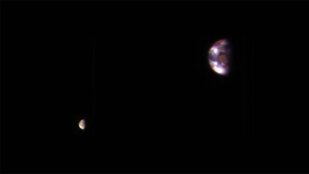 La NASA publica una foto única de la Tierra vista desde Marte | Life -  ComputerHoy.com