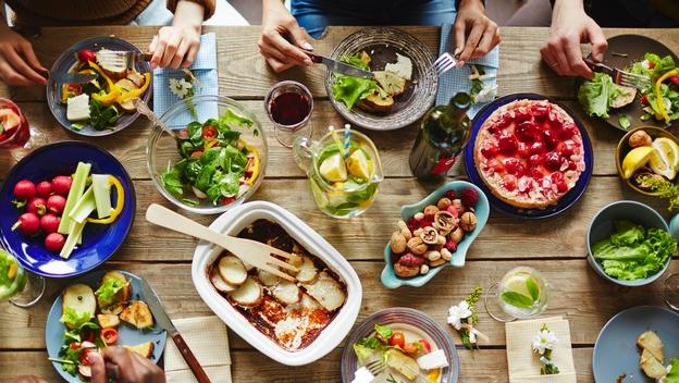 20 alimentos que nunca debes meter en la nevera