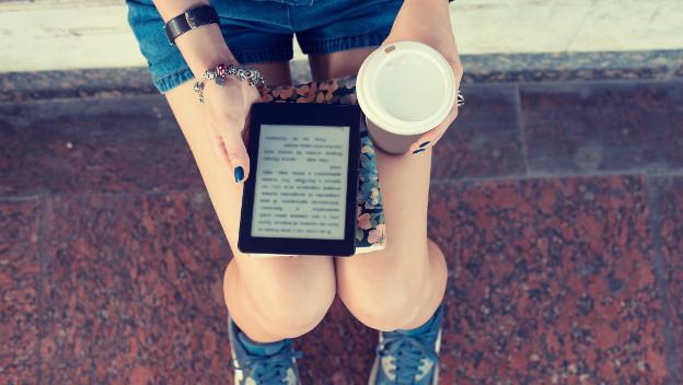 Cómo actualizar un Kindle de Amazon