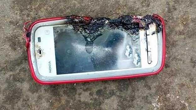 ¿Por qué no deberías seguir utilizando tus móviles viejos?
