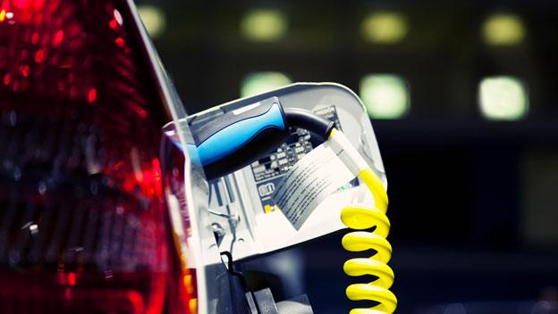 El precio real de conducir un coche eléctrico: ¿merece la pena?