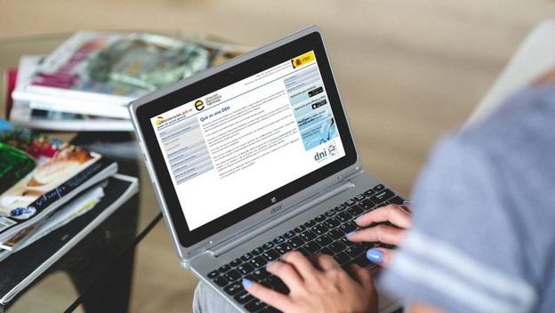Solicitud física en Hacienda sin certificado digital ¿Es posible?