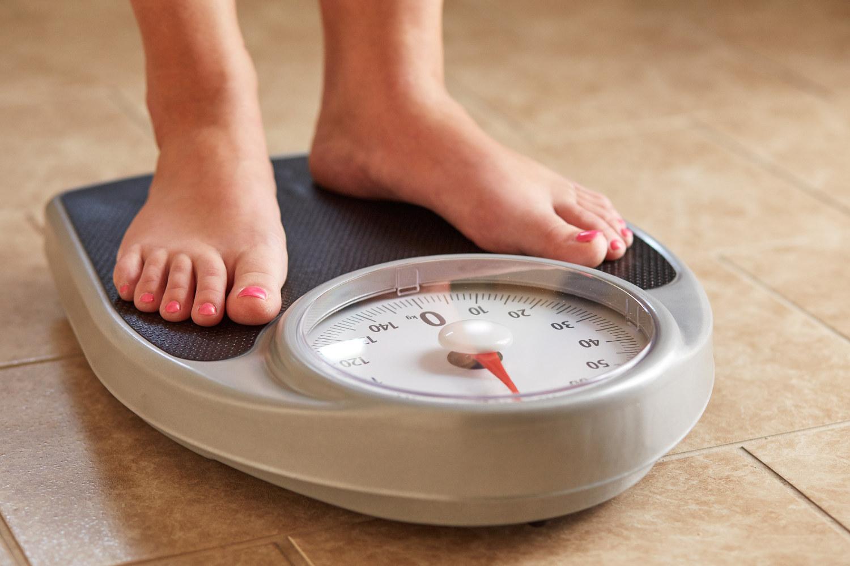 7 curiosos trucos para adelgazar y perder peso que funcionan de verdad