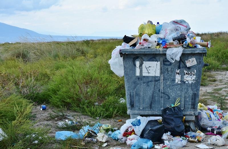 ¿Dónde va a parar la basura que tiramos todos los días en España?