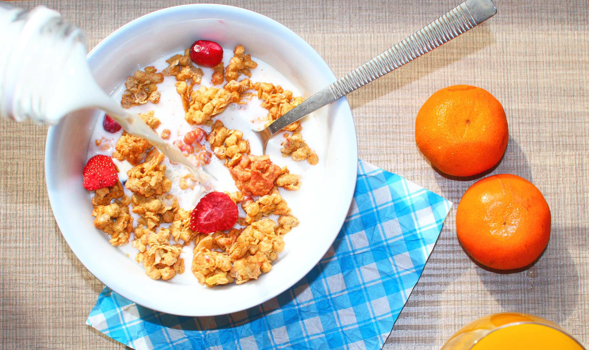 que desayunar para bajar colesterol y trigliceridos