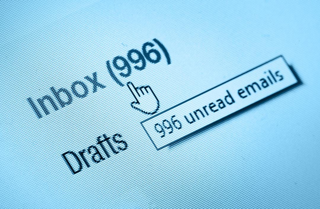 Así afecta a la vida y la salud no desconectar del correo del trabajo
