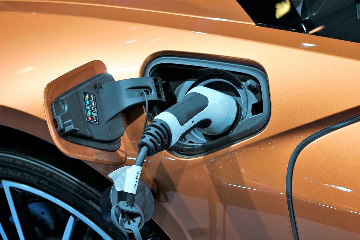 Los coches eléctricos generarán 200.000 puestos de trabajo en 2030 en Europa