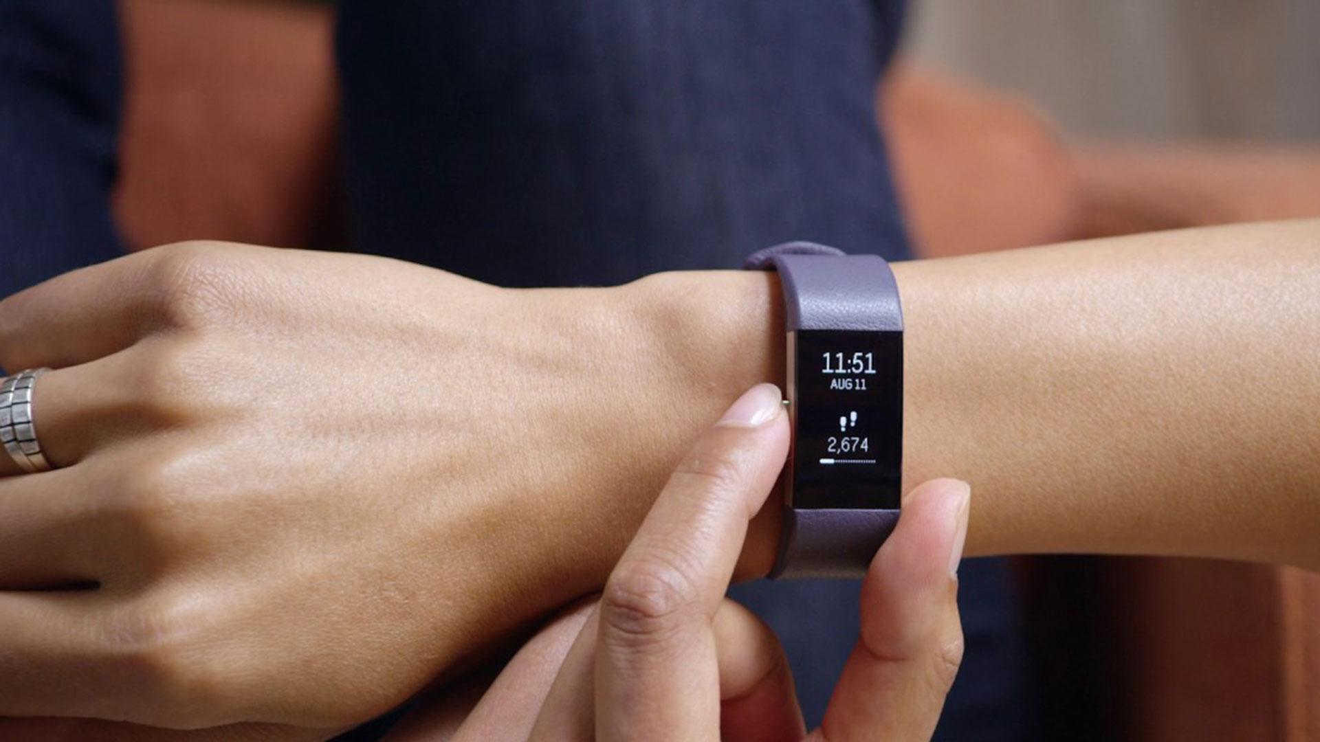 Así están cambiando los seguros médicos por culpa de los relojes inteligentes