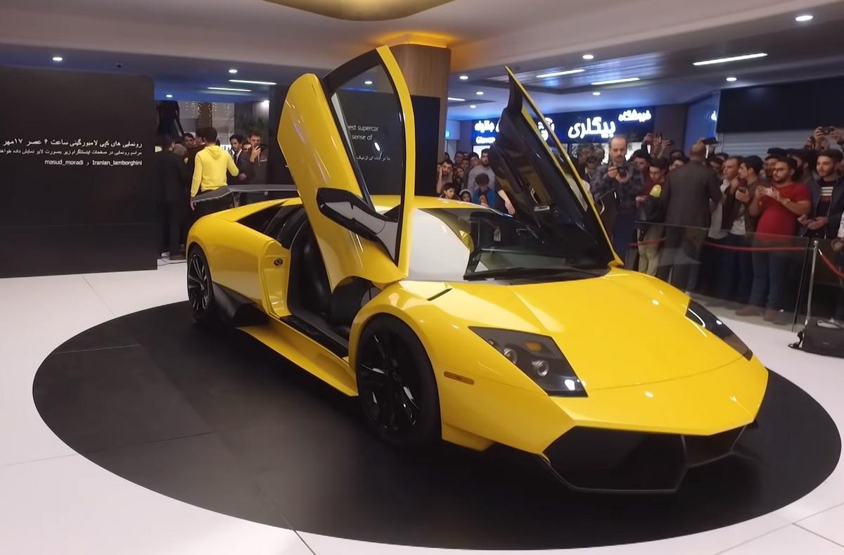 Este clon iraní del Lamborghini Murciélago está hecho con ingeniería inversa (vídeo)
