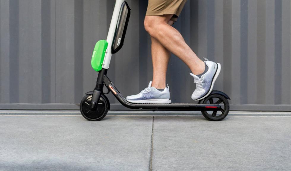 Pronto puede que necesites un seguro para llevar tu patinete eléctrico