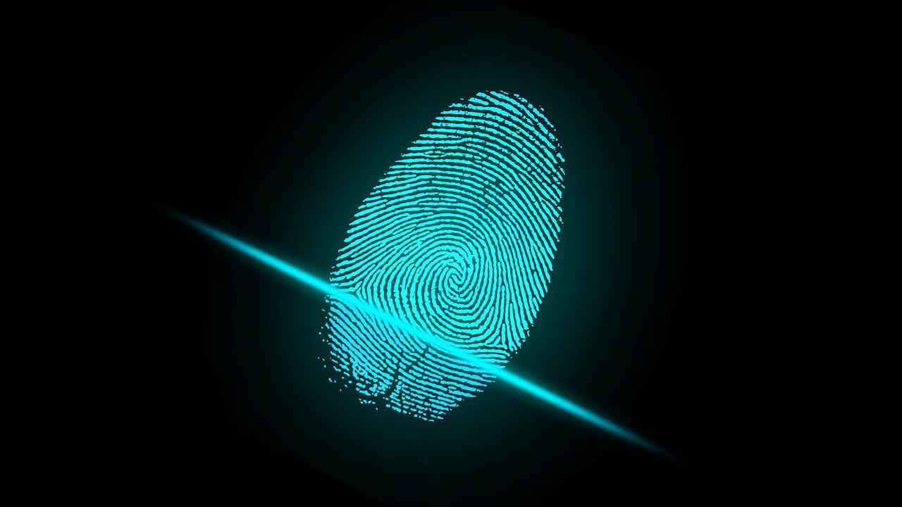 Expuestas un millón de huellas dactilares que usaban empresas, bancos y la policía