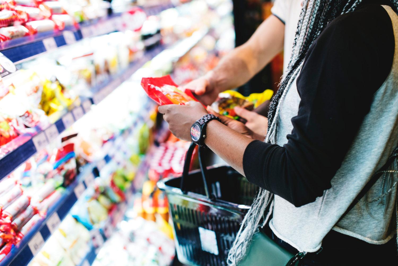 Carrefour vs Amazon: el grupo francés abrirá su primera tienda sin cajeros