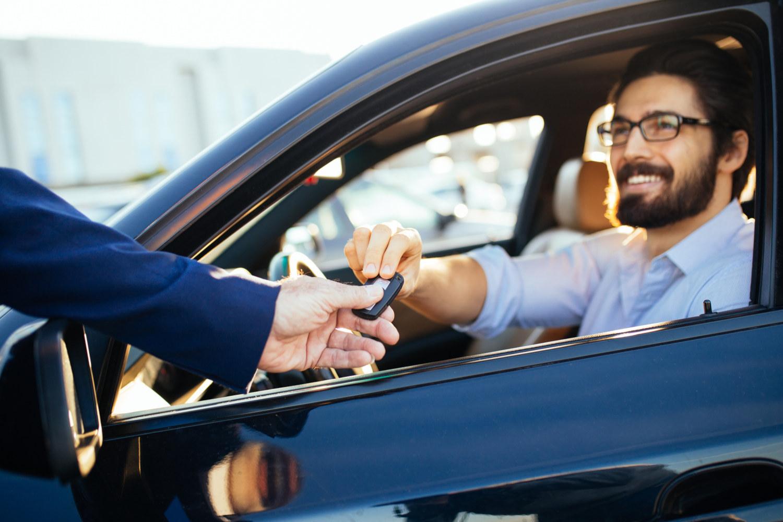 ¿Buscas coche de renting? Así funcionan los programas de las distintas marcas