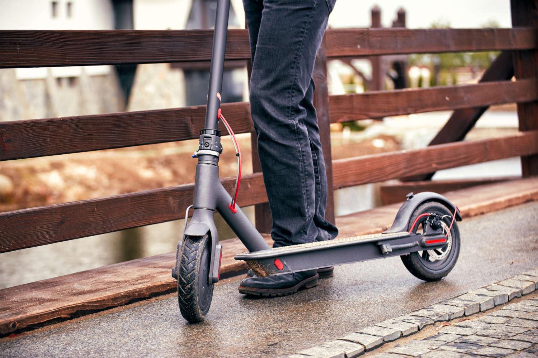 Imagen noticia:  David de la Vega y su patinete eléctrico patentado cada vez más cerca del mercado.
