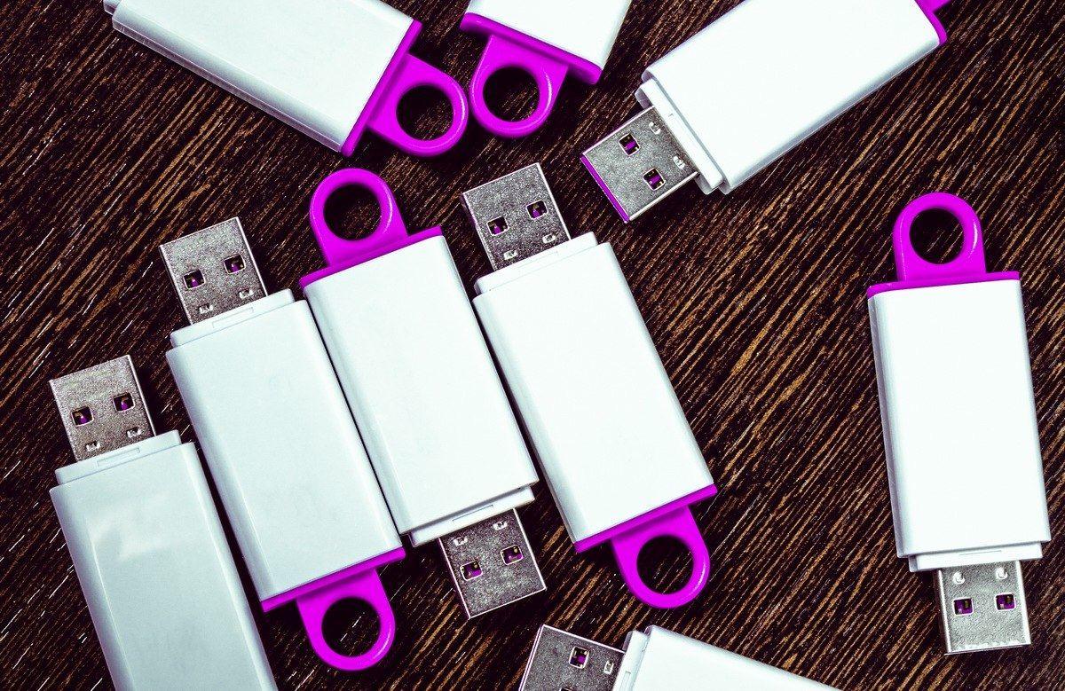 Dale una nueva vida a tus viejos pendrive USB con estas curiosas utilidades