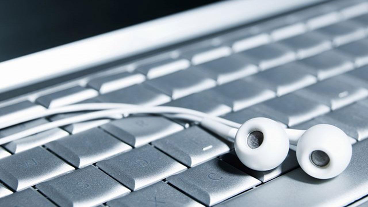 Los atacantes podrían hackear los altavoces de tus dispositivos para hacerte daño