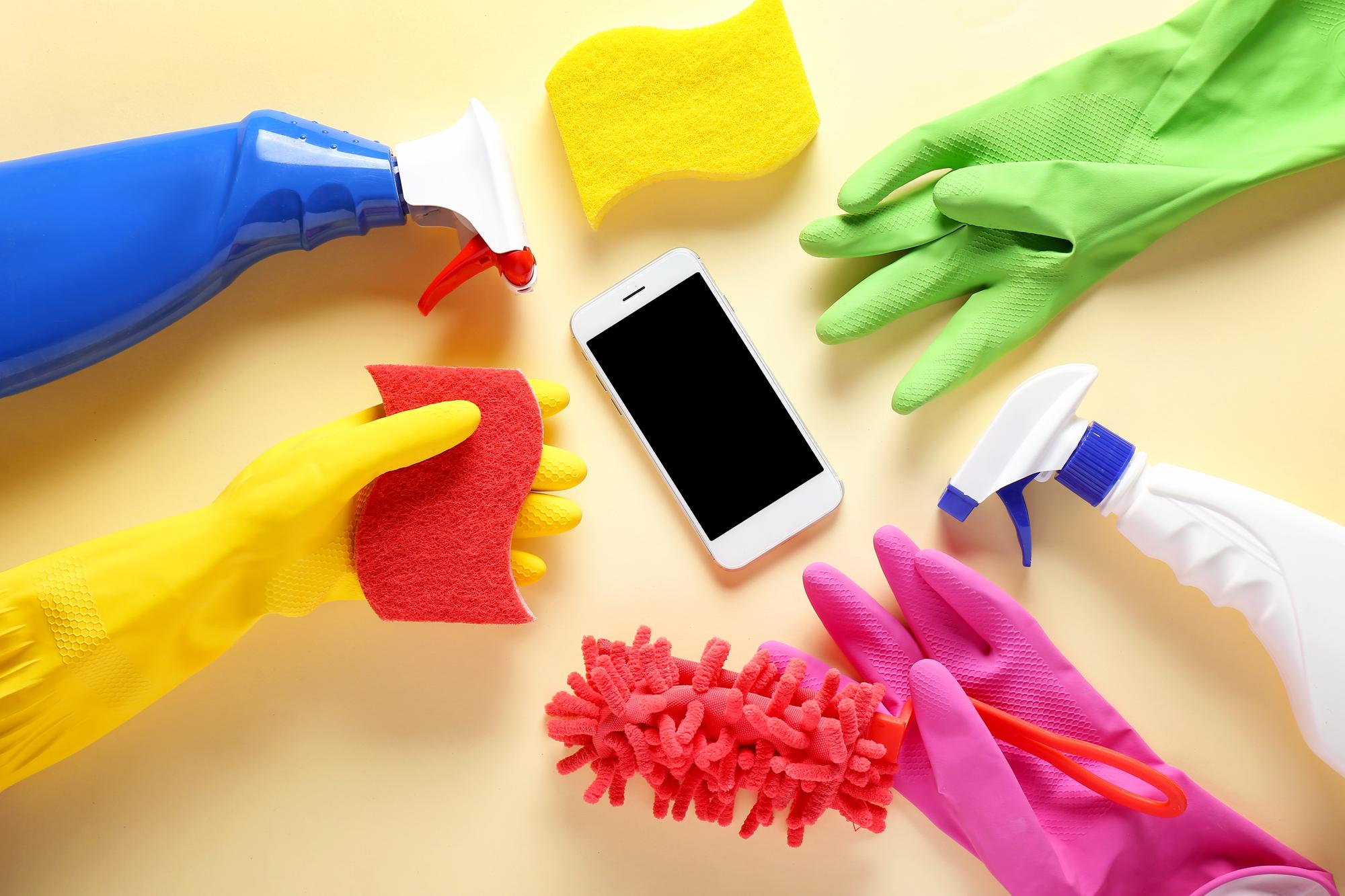Ahora más que nunca: la importancia de limpiar bien la pantalla de tu móvil  | Tecnología - ComputerHoy.com