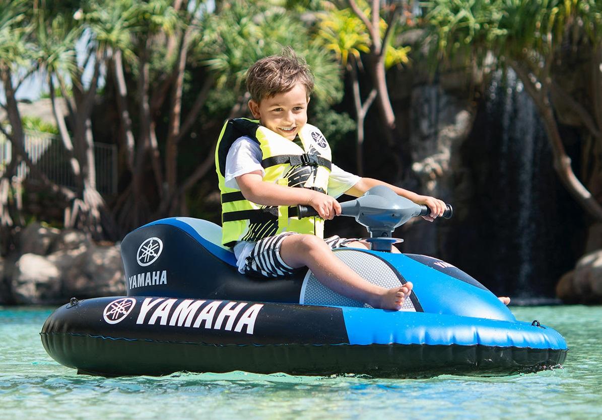 El hinchable de LIDL para ser el rey de la piscina: ¡una moto de agua para niños que funciona!