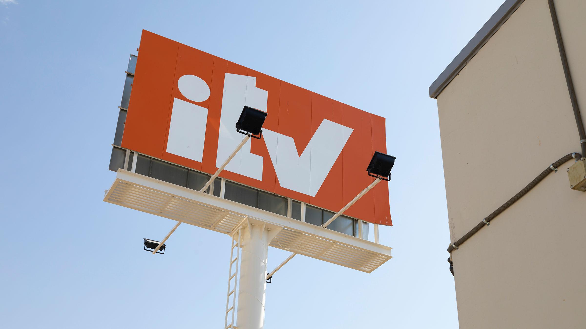 La DGT está obligando a algunos conductores a pasa la ITV aunque no esté caducada