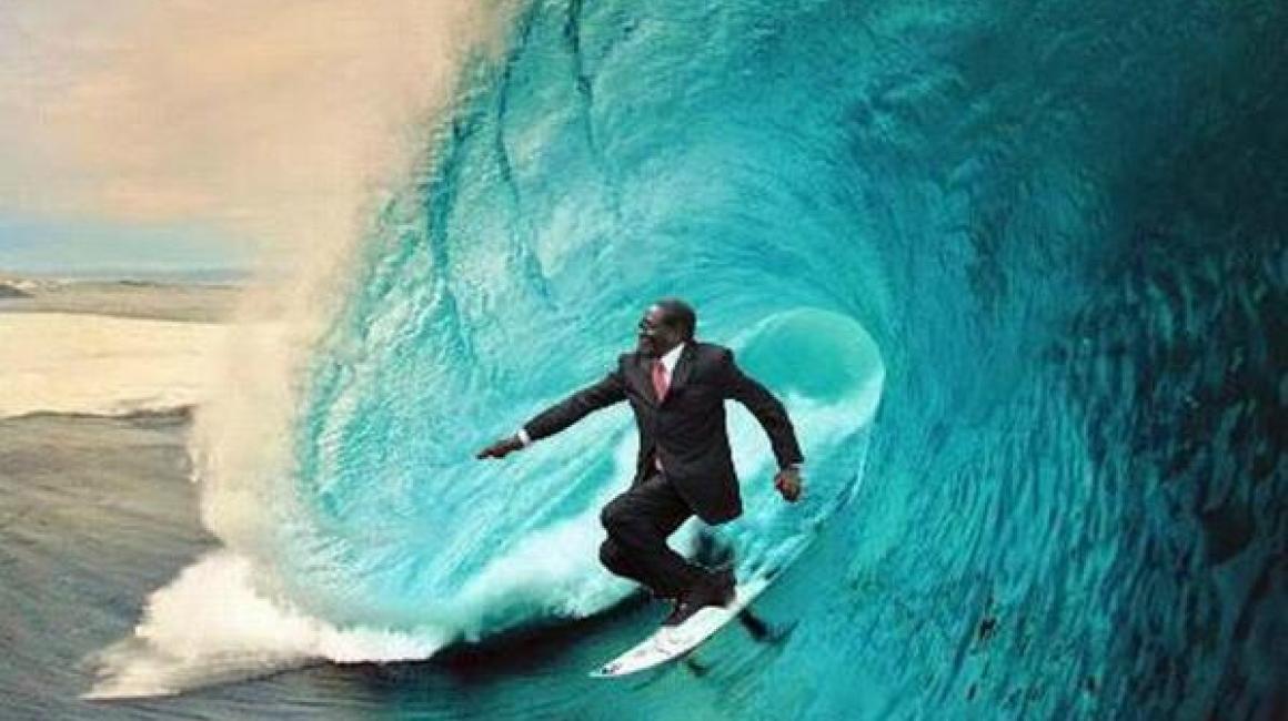 Meme Zimbabwe caída