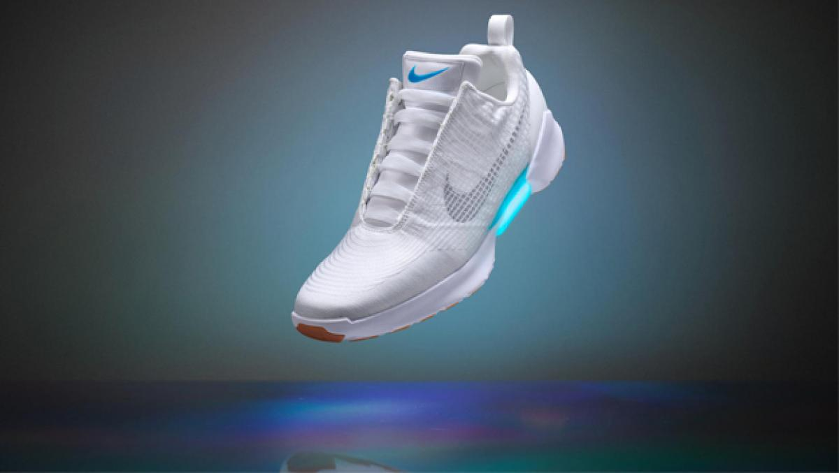 Mimar más lejos administración  Llegan las Nike HyperAdapt 1.0, las zapatillas con robocordones   Life -  ComputerHoy.com