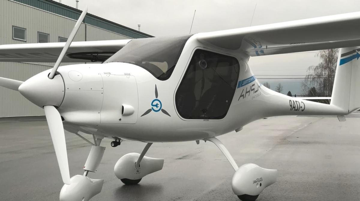 Este avión eléctrico se carga en una hora y viajar de Madrid a Barcelona solo cuesta 15€