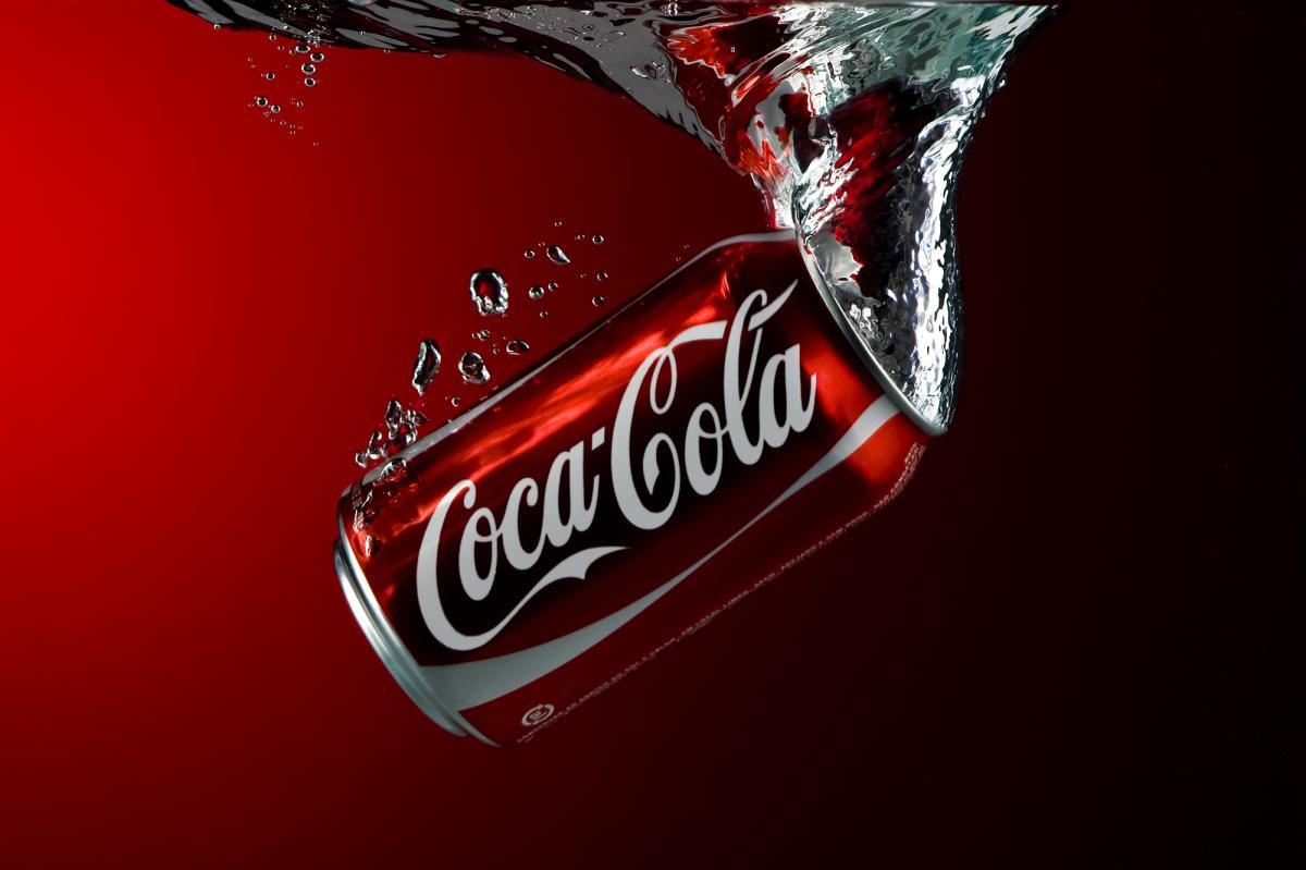 Nyhtöpossu Coca Cola