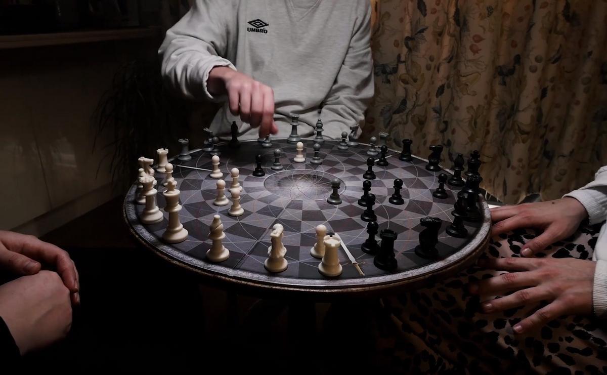Si ya has jugado a todos los juegos de mesa, prueba el ajedrez para tres jugadores