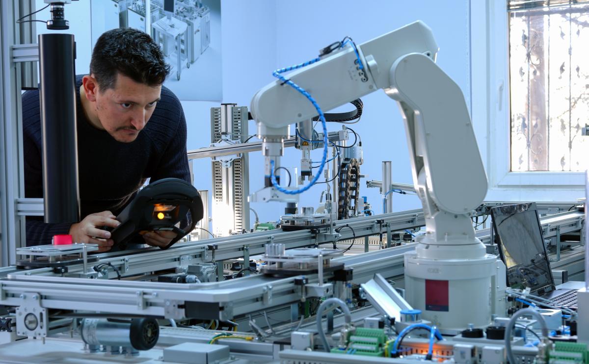 Robótica y Biotecnología - cover