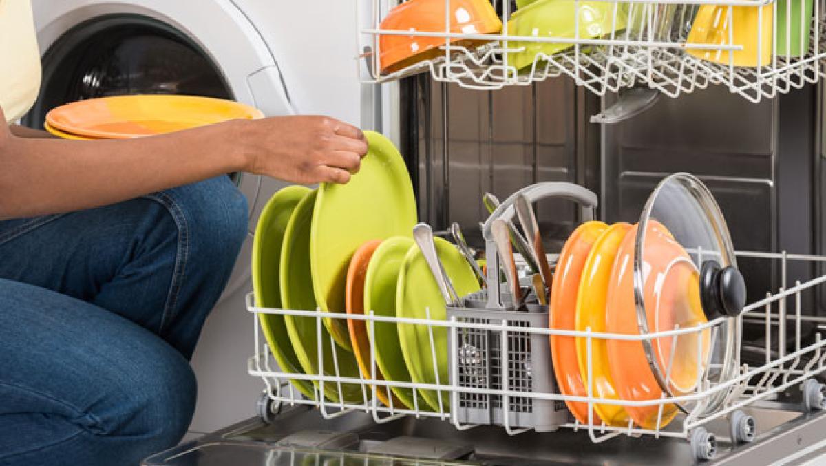Este es el orden de los platos en el lavavajillas para evitar bacterias
