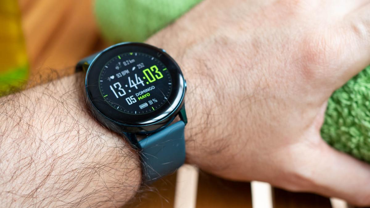Samsung Galaxy Tonton Aktif, salah satu jam tangan olahraga terbaik hanya dengan € 189 1