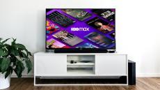 Televisor con HBO Max en pantalla