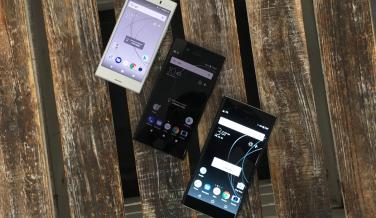 Los tres móviles que ha presentado Sony en la IFA 2017, empezando por el modelo compacto