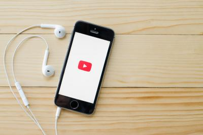 youtube movil auriculares