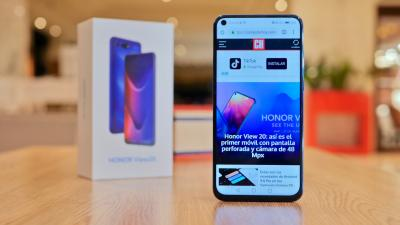 Honor View 20 - frontal