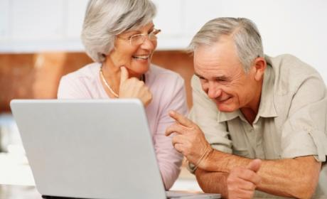 Personas mayores redes sociales