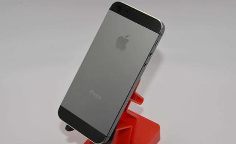 iPhone 5S, ¿no sólo en champaña sino en grafito?