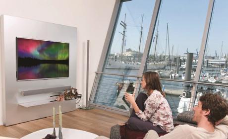Sharp lanza sus nuevas gamas de TV Quattron Pro y 3D