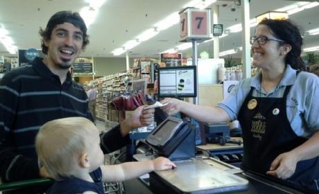 Pagando en un supermercado