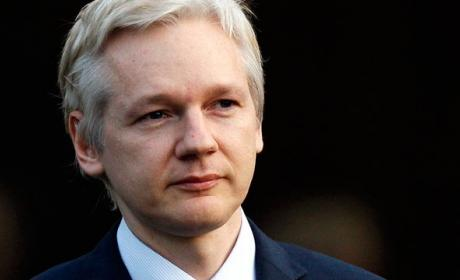 "Assange podría salir ""pronto"" de la embajada ecuatoriana"