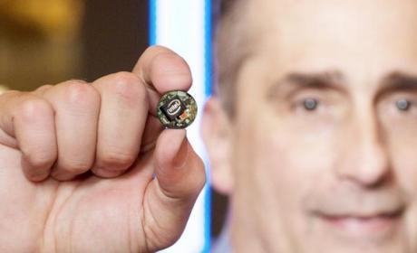 Intel Curie, el cerebro de los wearables y el Internet de las Cosas, dentro de un botón.