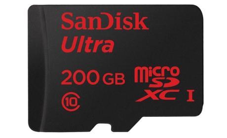 MicroSD de 200 GB y pendrive con USB reversible de SanDisk.