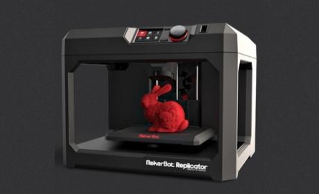 MakerBot cierra tiendas de impresoras 3D y despide a empleados.