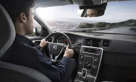 Los coches del futuro conectarán obligatoriamente con el 112