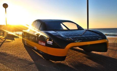 coche solar eléctrico