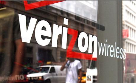 Verizon compra AOL para competir con Facebook y Google