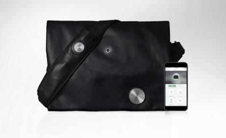 Una bolsa inteligente que puede responder tus llamadas