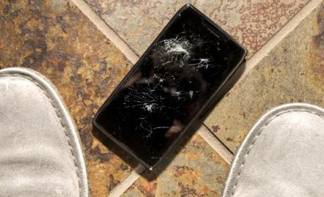 Las pantallas de móvil que se reparan solas, más cerca