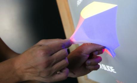 Nueva tecnología que permite a las pantallas cambiar de forma